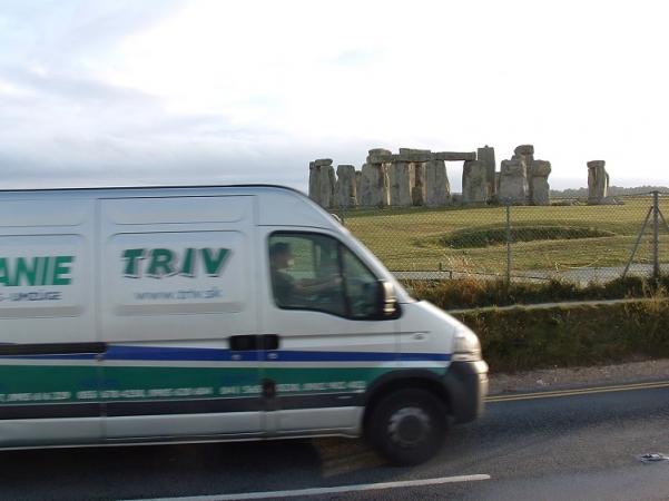 TRIV Sťahovanie do Anglicka, sťahovanie z Anglicka